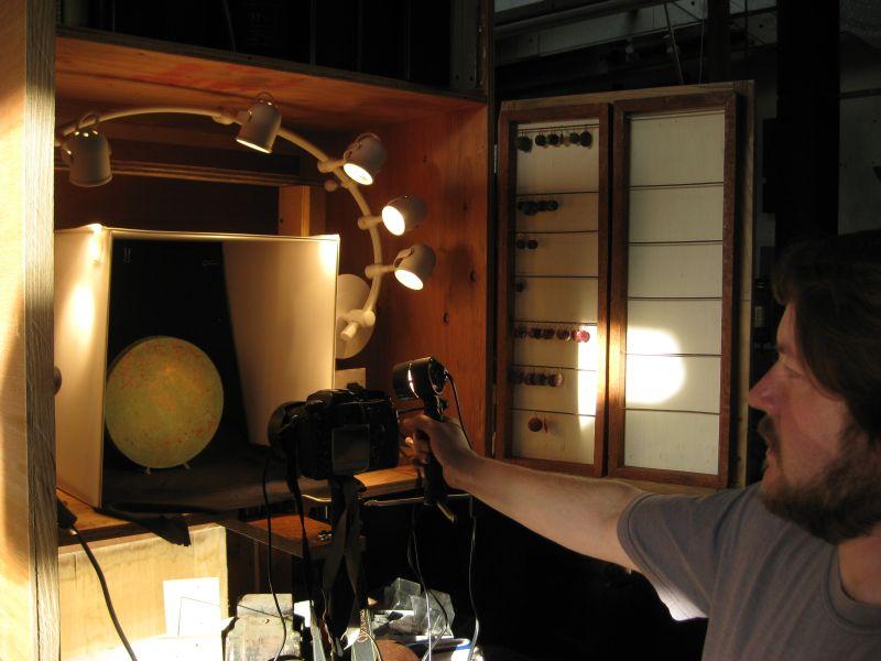 0roundvasephotosetup-2009102716