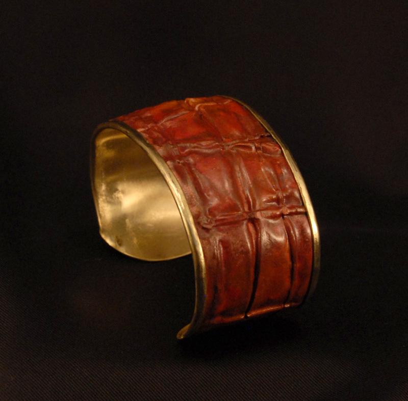Creaseform-bracelet-1-brassbac