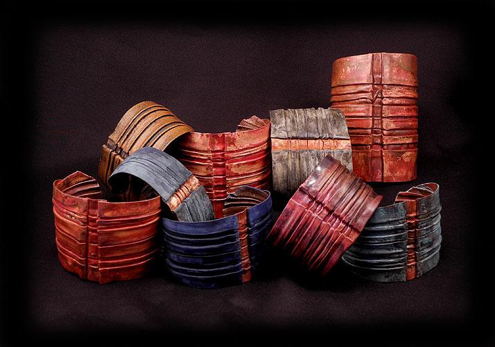 Spine_bracelet_colors_-_fp