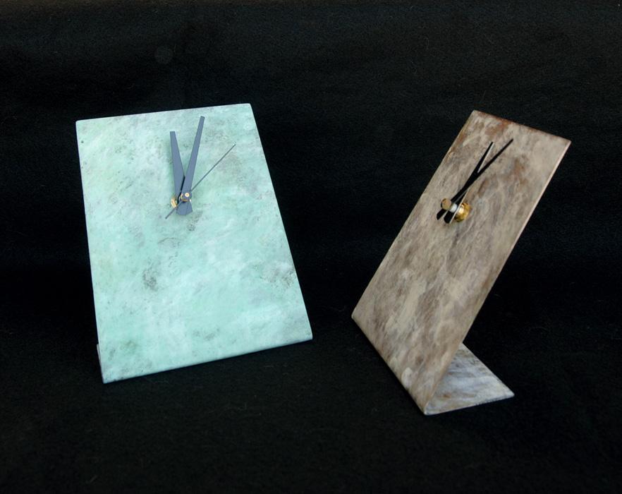 2 desk clocks - wsc