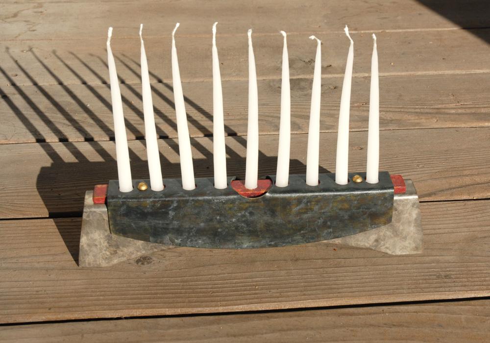 tabard menorah 10 - candles - lg